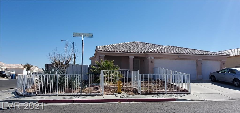 5244 Tiger Cub Court Property Photo - North Las Vegas, NV real estate listing