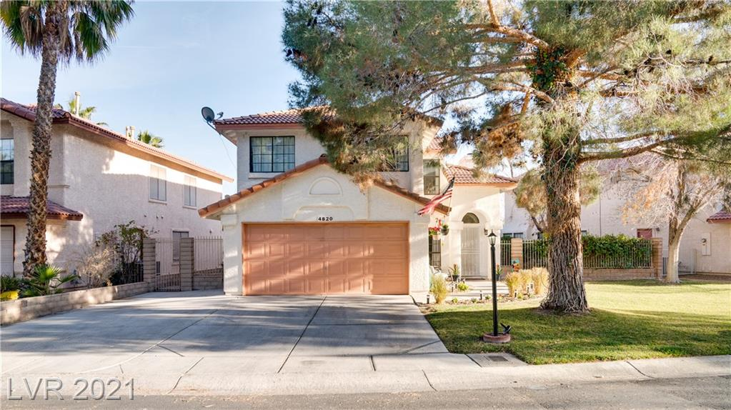 4820 Fiesta Lakes Street Property Photo - Las Vegas, NV real estate listing