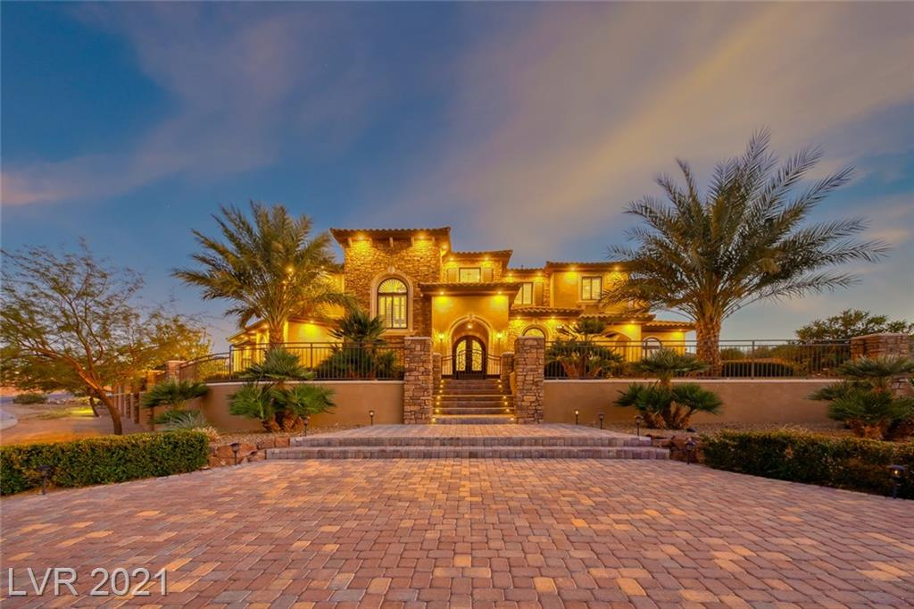 561 Foxhall Road Property Photo - Henderson, NV real estate listing