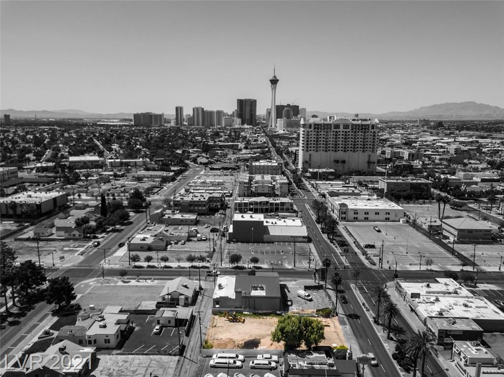 625 Las Vegas Boulevard Property Photo - Las Vegas, NV real estate listing