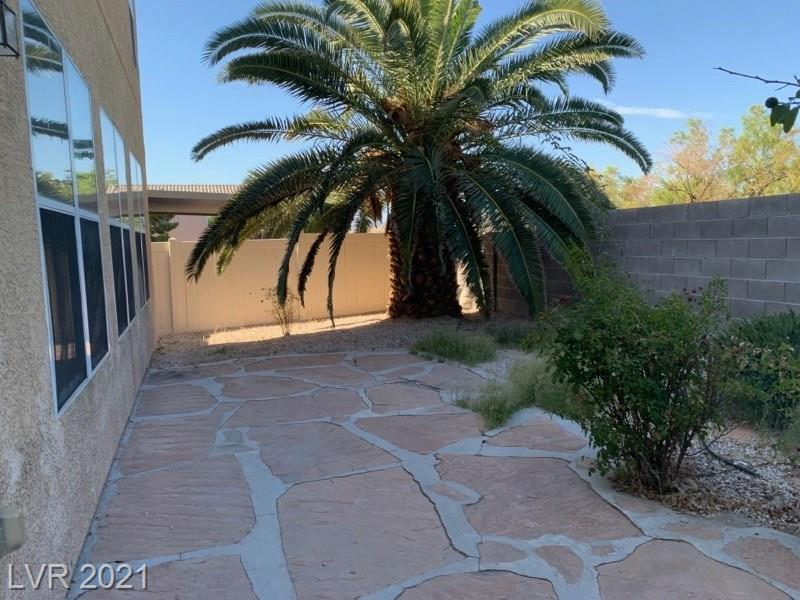 916 Coral Aloe Street Property Photo - Las Vegas, NV real estate listing