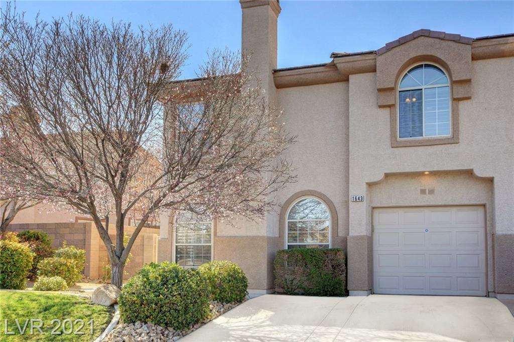 1643 Cave Spring Drive Property Photo - Henderson, NV real estate listing