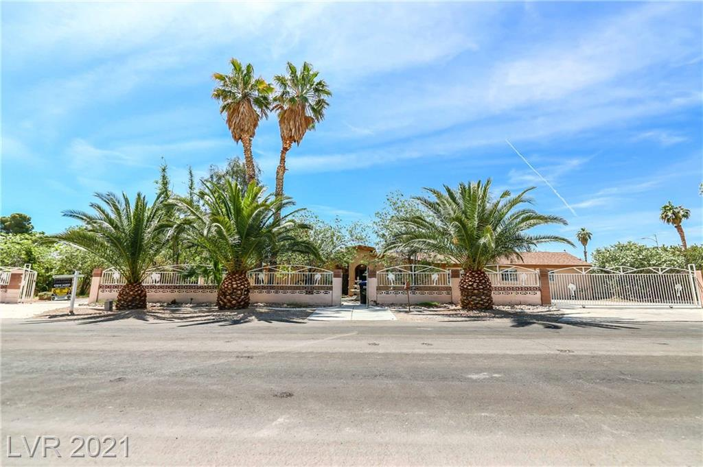 2021 Mills Circle Property Photo - Las Vegas, NV real estate listing