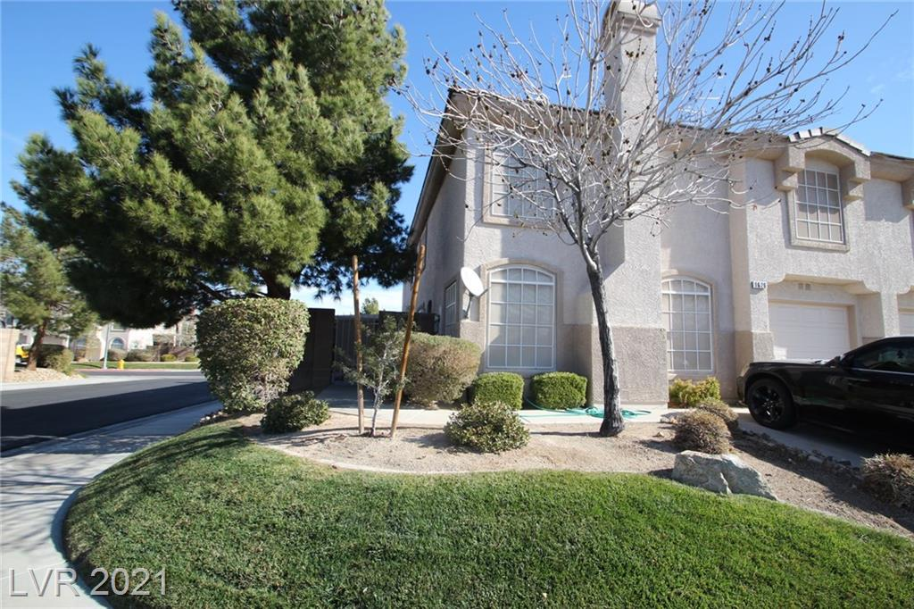 1626 Coyote Run Drive Property Photo - Henderson, NV real estate listing