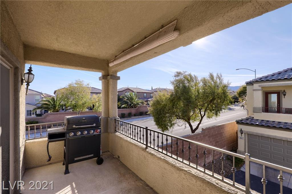 7804 Winding Sand Court Property Photo - Las Vegas, NV real estate listing