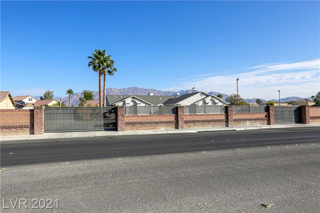 4950 Elkhorn Road Property Photo - Las Vegas, NV real estate listing
