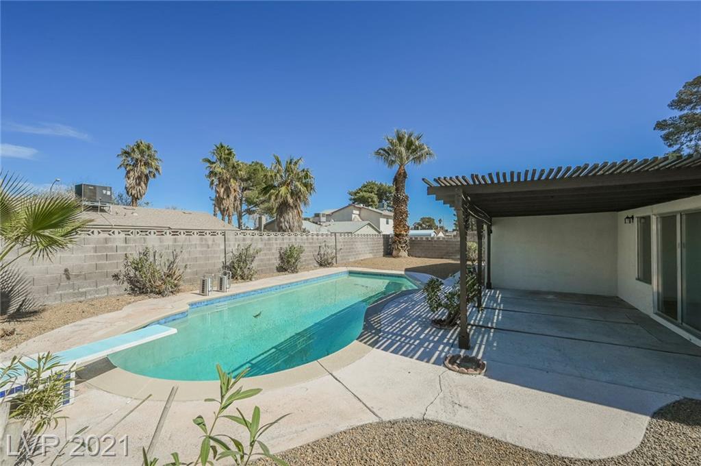 2174 Wagonwheel Avenue Property Photo - Las Vegas, NV real estate listing