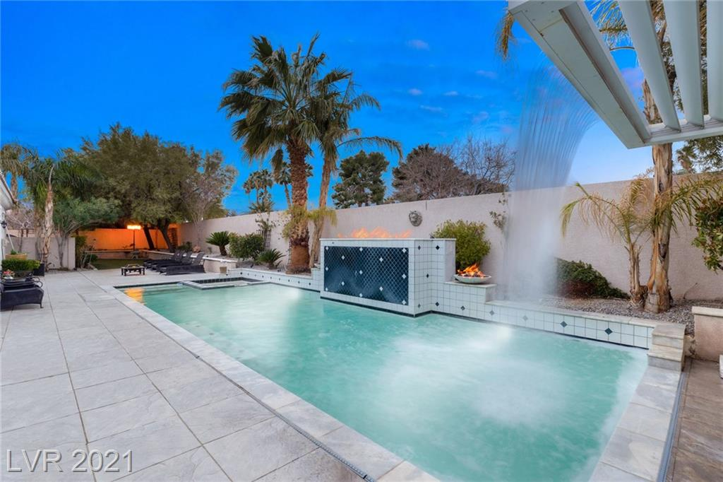 Darby Gardens Court Property Photo - Las Vegas, NV real estate listing
