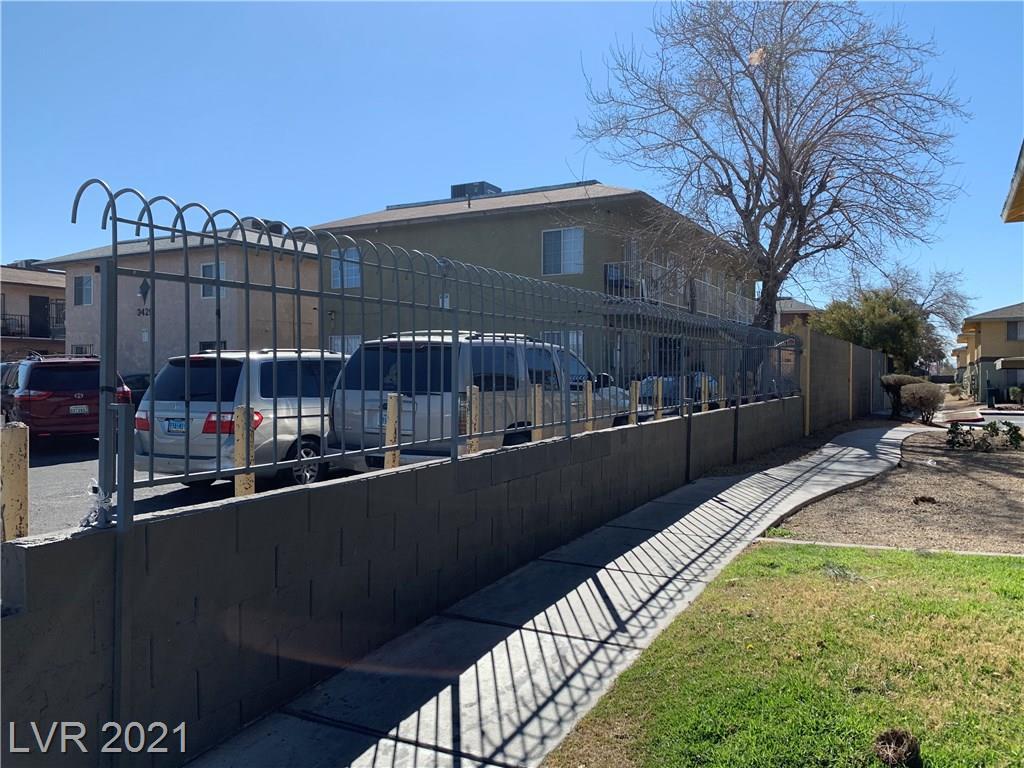 3427 E Cheyenne Avenue Property Photo