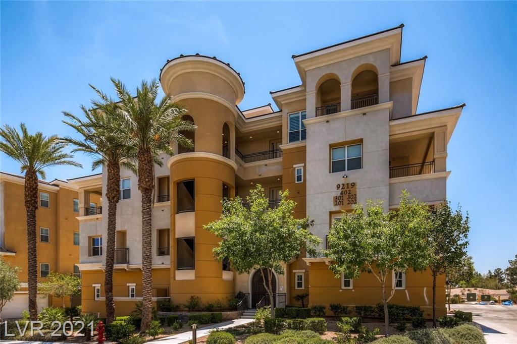 Tesoras Drive #402 Property Photo - Las Vegas, NV real estate listing