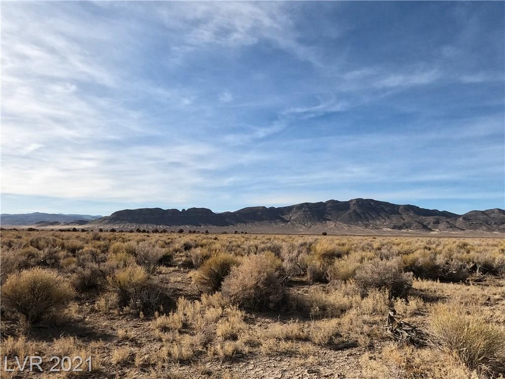 No Name Off White River Road Property Photo