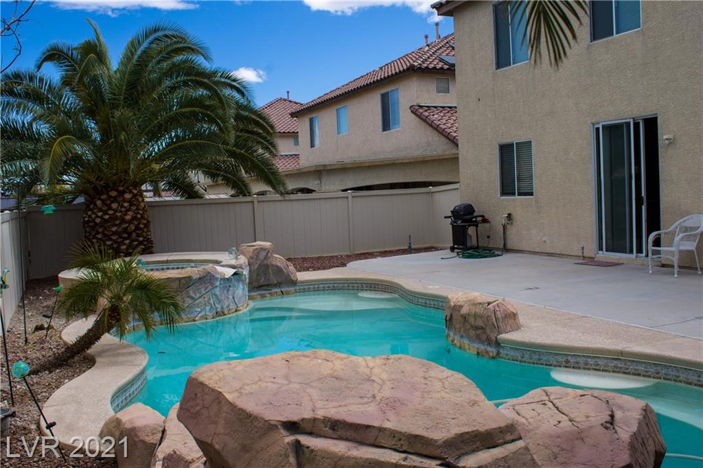 1006 Dawn Valley Drive Property Photo - North Las Vegas, NV real estate listing