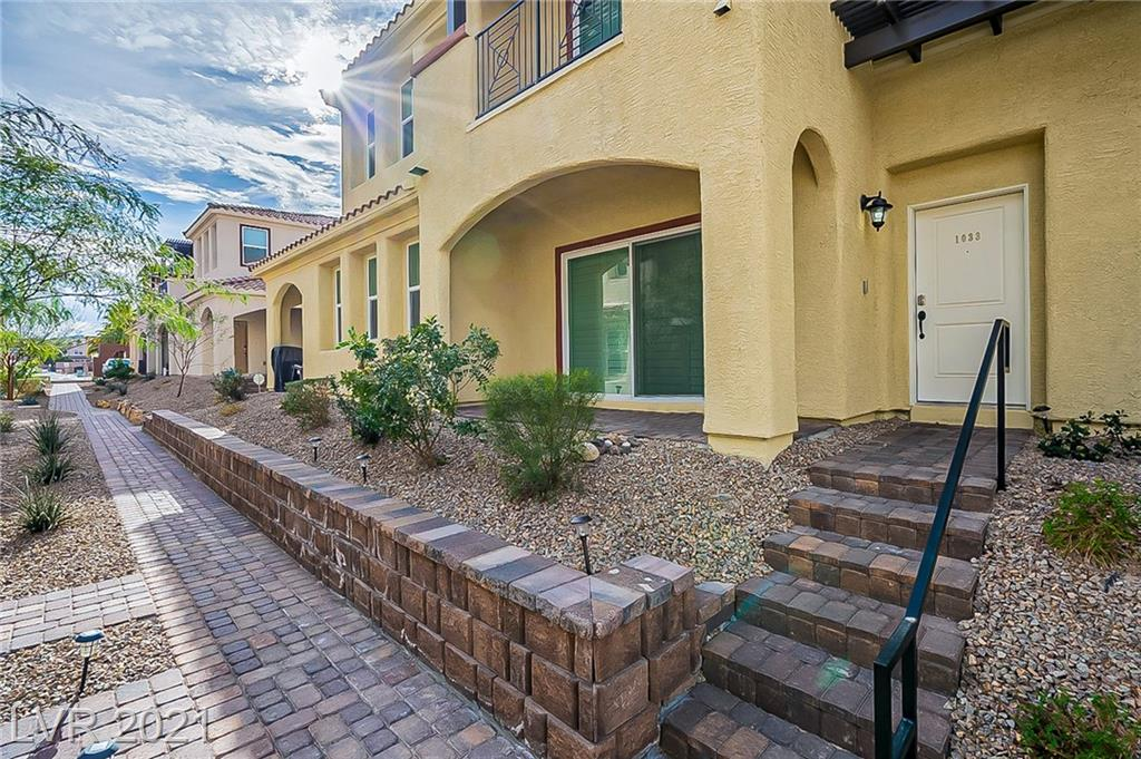 1033 Via Lombardi Avenue Property Photo