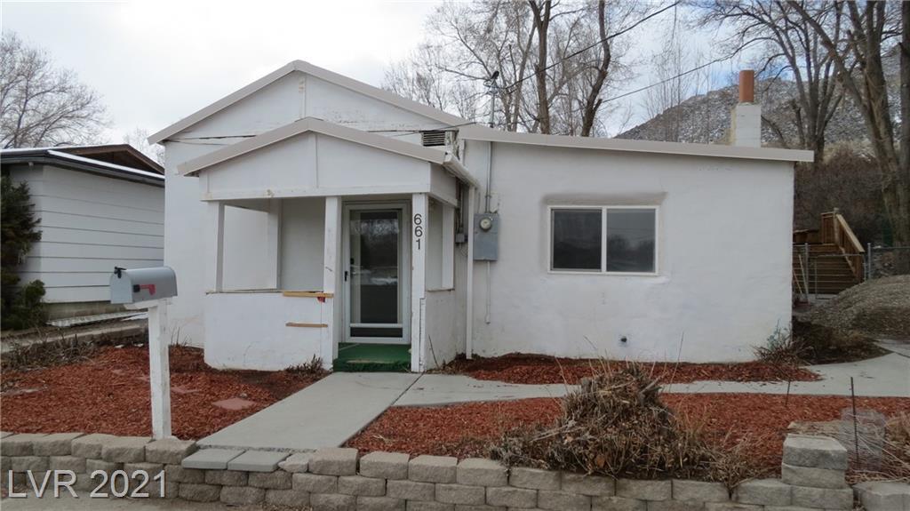 661 Ogden Avenue Property Photo