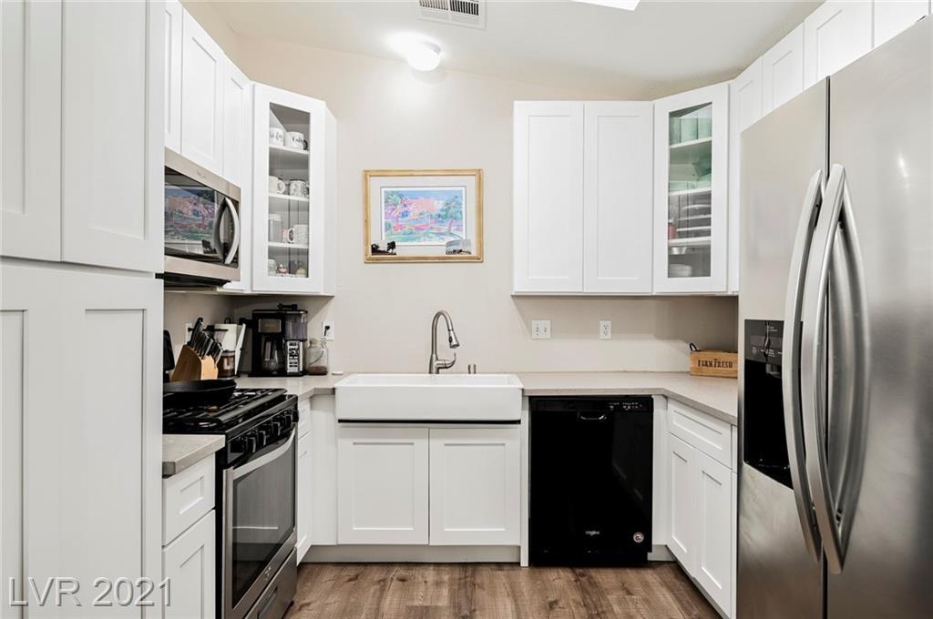 2409 Shady Hill Avenue Property Photo - Las Vegas, NV real estate listing