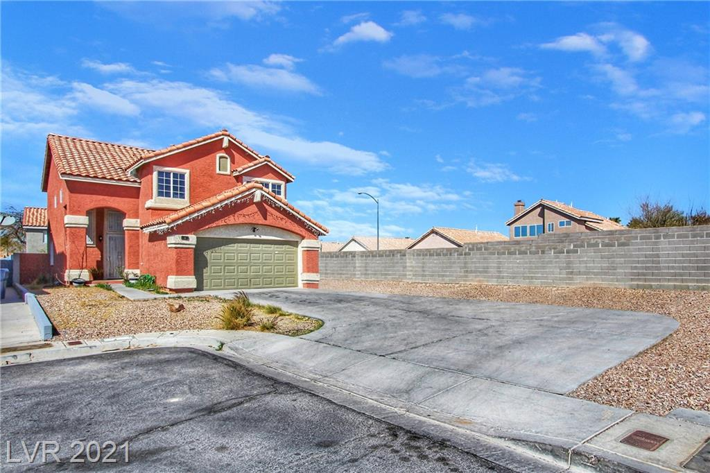 Red Comet Court Property Photo - Las Vegas, NV real estate listing