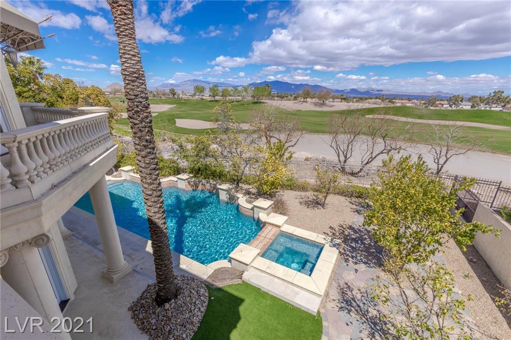 Canyon Greens Drive Property Photo - Las Vegas, NV real estate listing