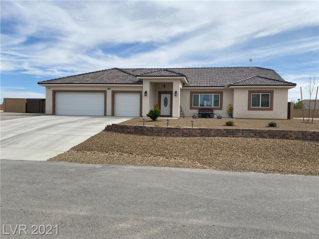 4951 Parkwood Drive Property Photo