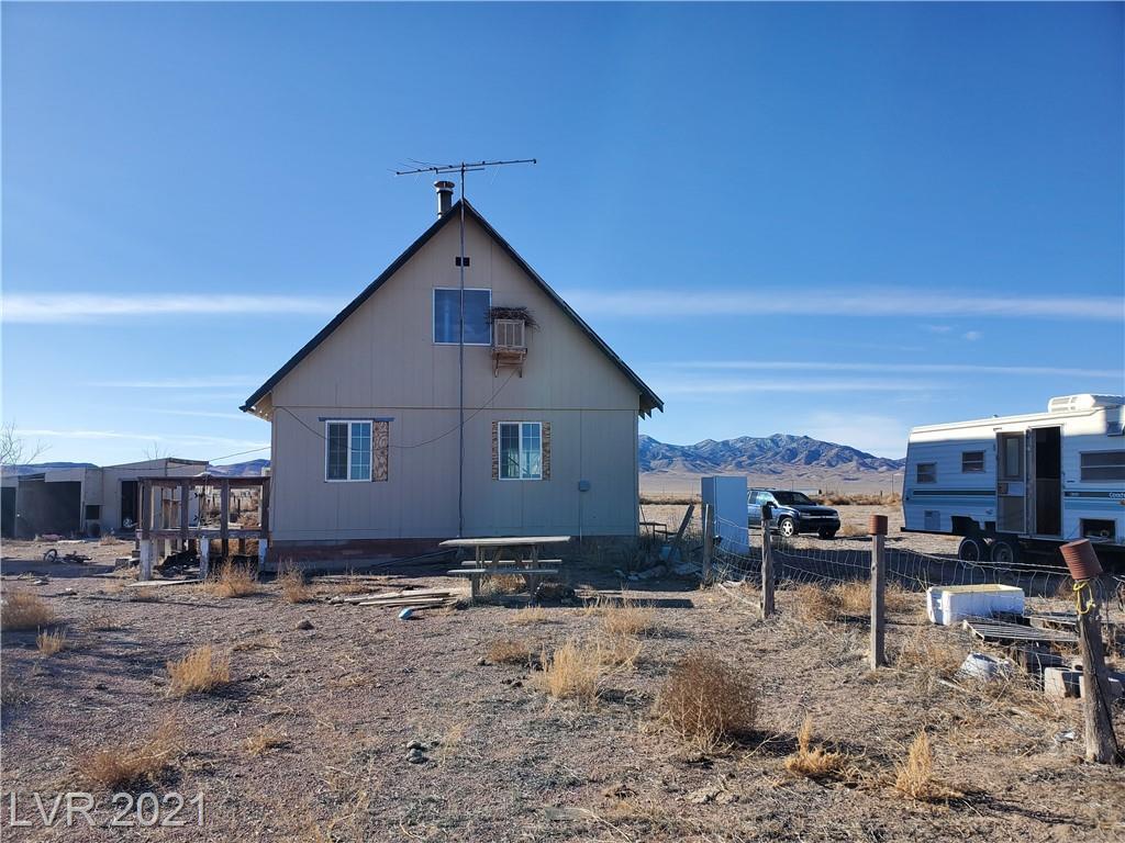8387 Canyon Property Photo