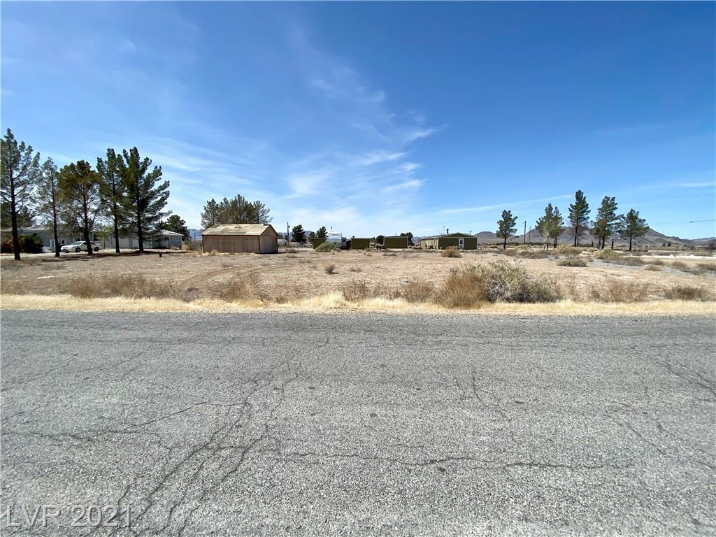 2701 W Basin Avenue Property Photo