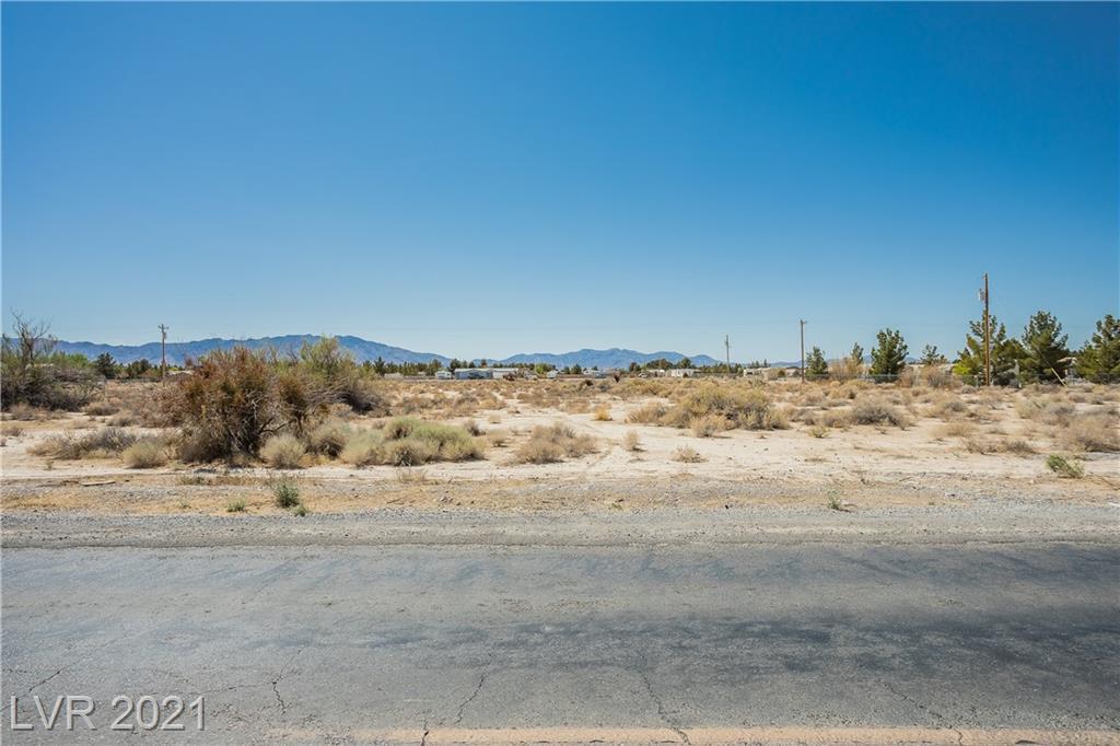 4590 Vicki Ann Road Property Photo