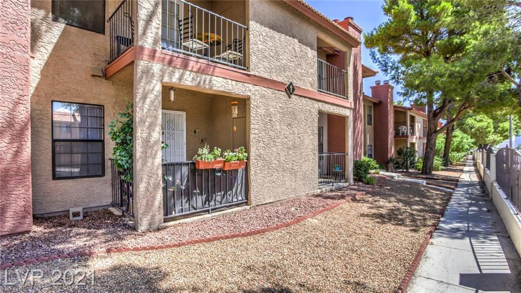 5576 Rochelle Avenue #1b Property Photo