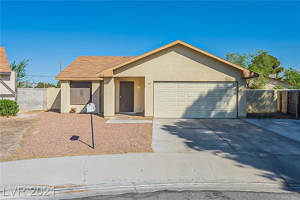 6016 Montecito Way Property Photo 1