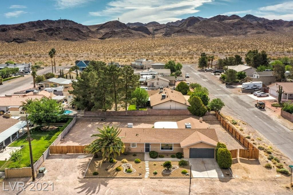 2250 Thoroughbred Road Property Photo