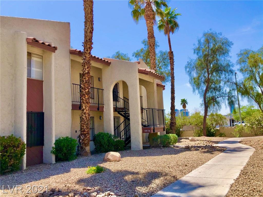 4454 W Desert Inn Road #a Property Photo