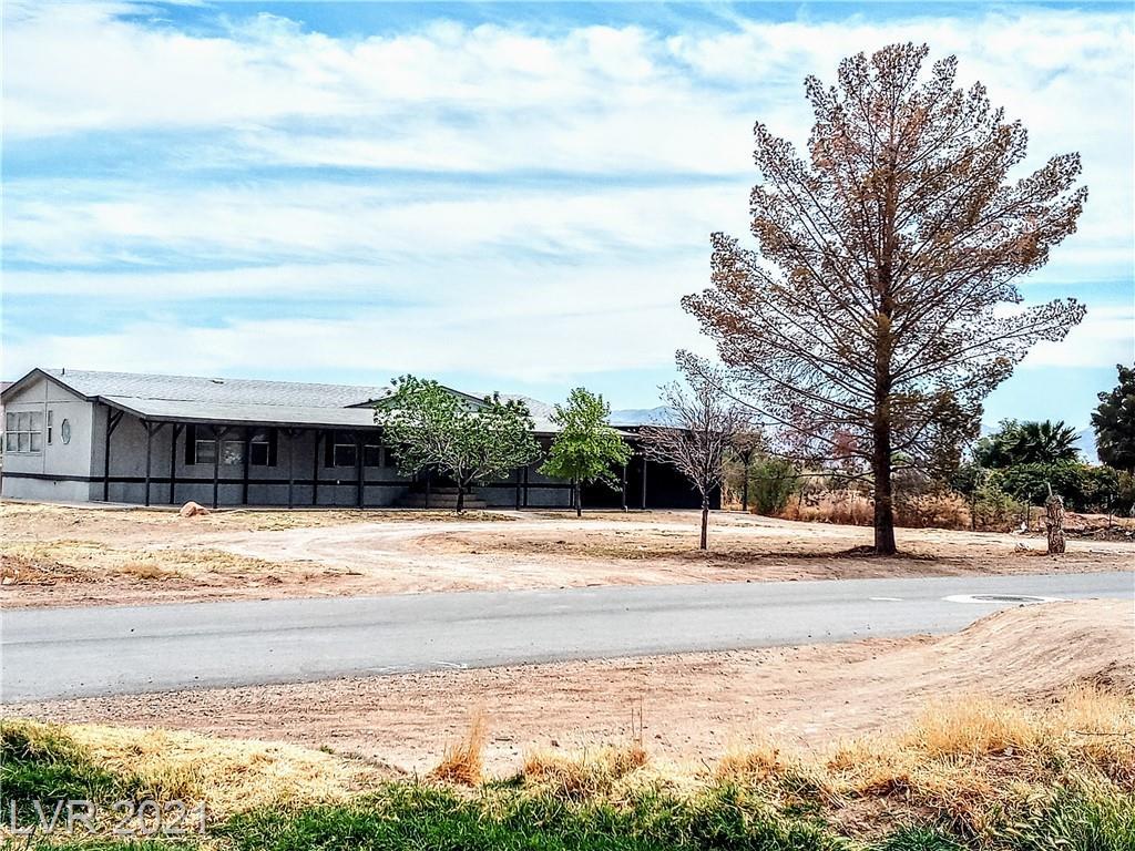 220 S Deer Street Property Photo