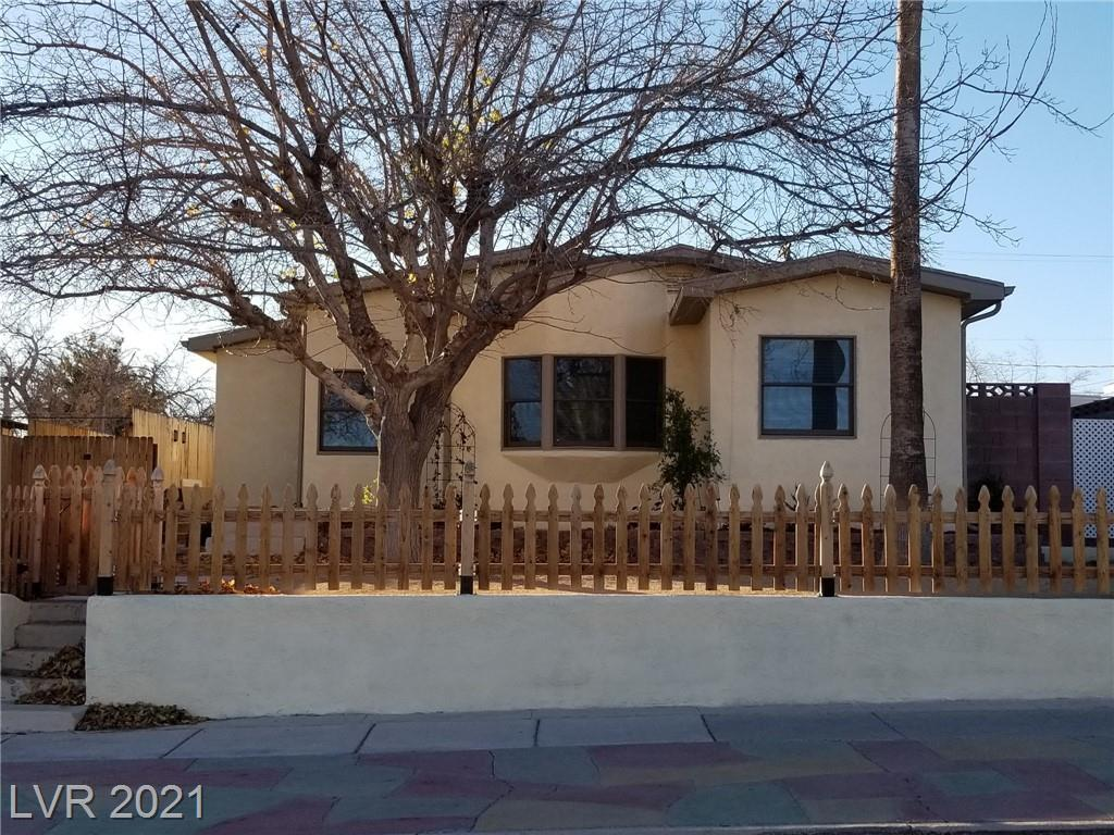 660 Avenue D Property Photo