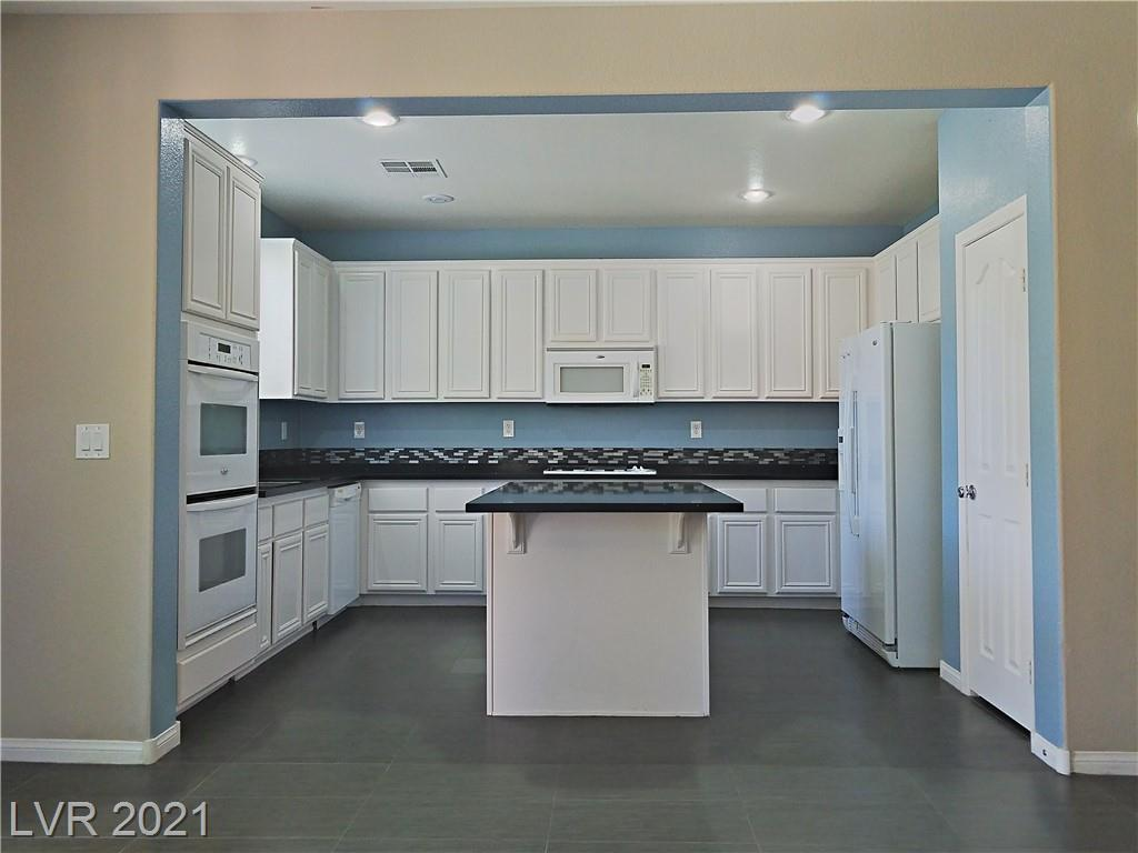 9263 Tonkawa Avenue Property Photo