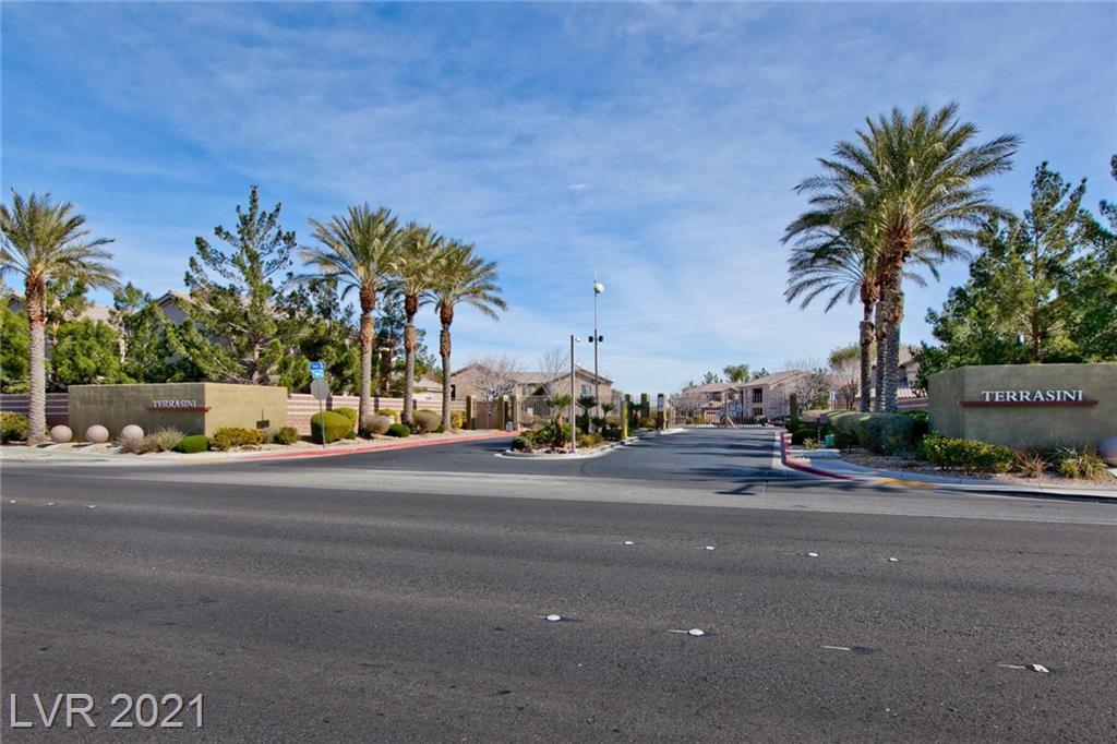 6725 Abruzzi Drive #204 Property Photo