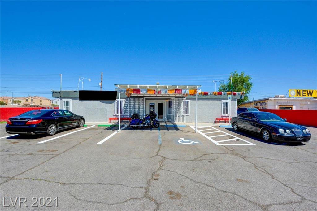 1546 N Nellis Boulevard Property Photo