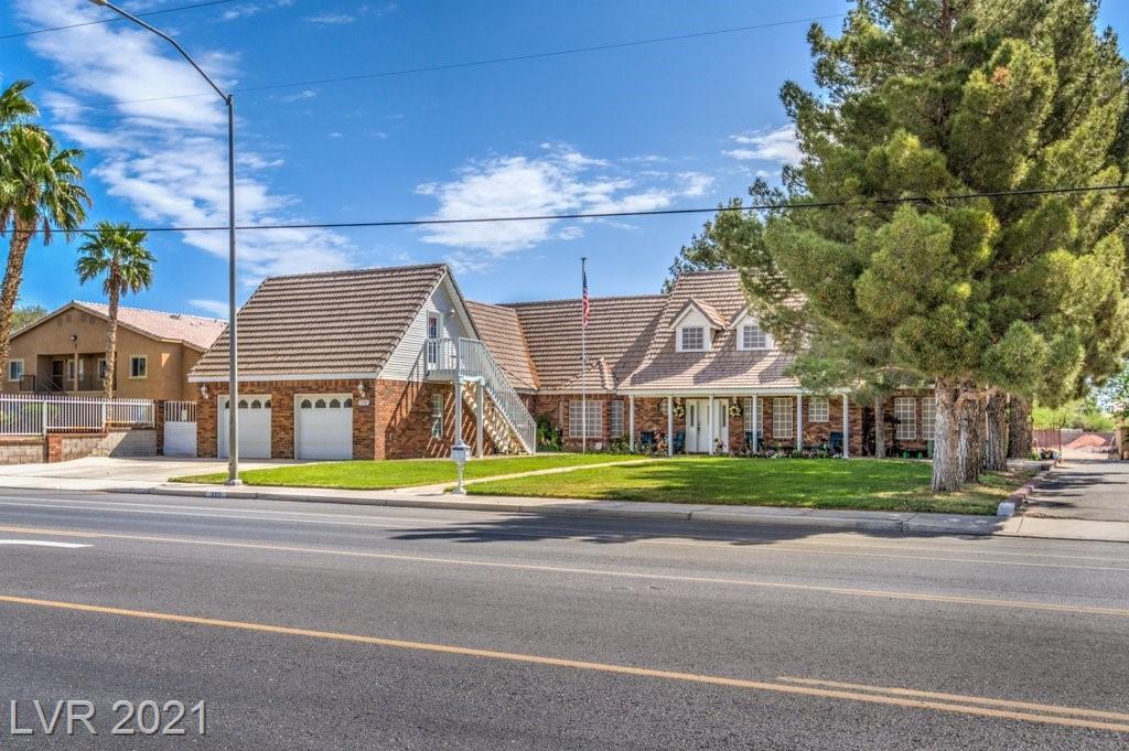 300 Riverside Road Property Photo