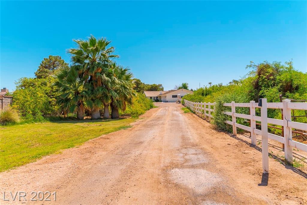5855 Pearlite Avenue Property Photo - Las Vegas, NV real estate listing
