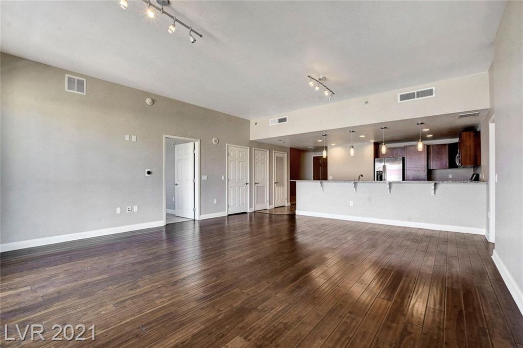 150 N Las Vegas Boulevard #805 Property Photo 1