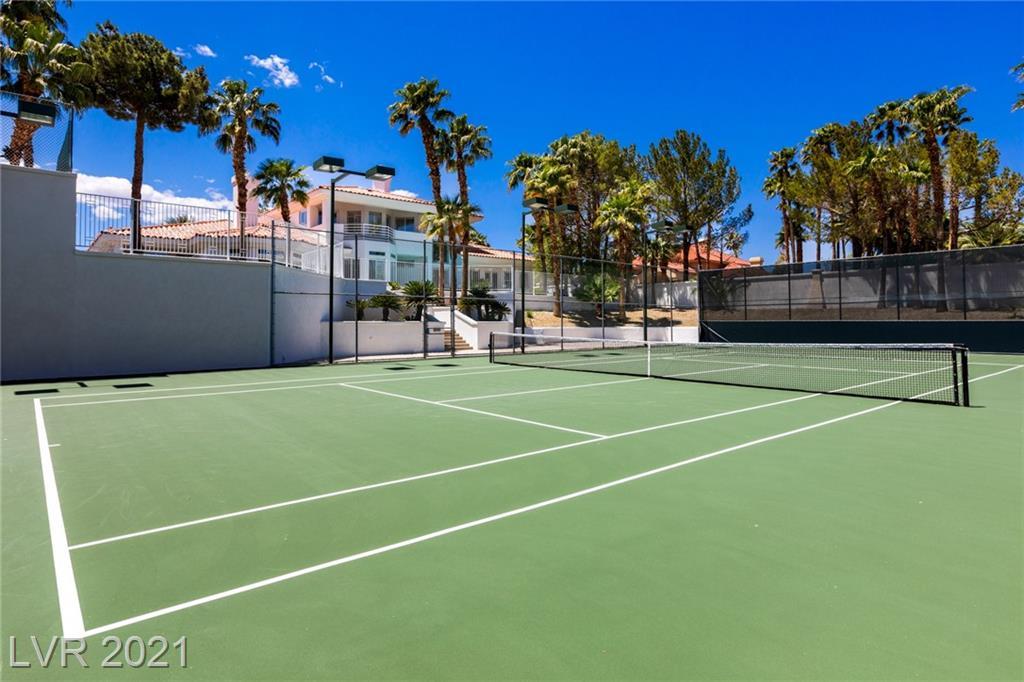 4944 Spanish Heights Drive Property Photo