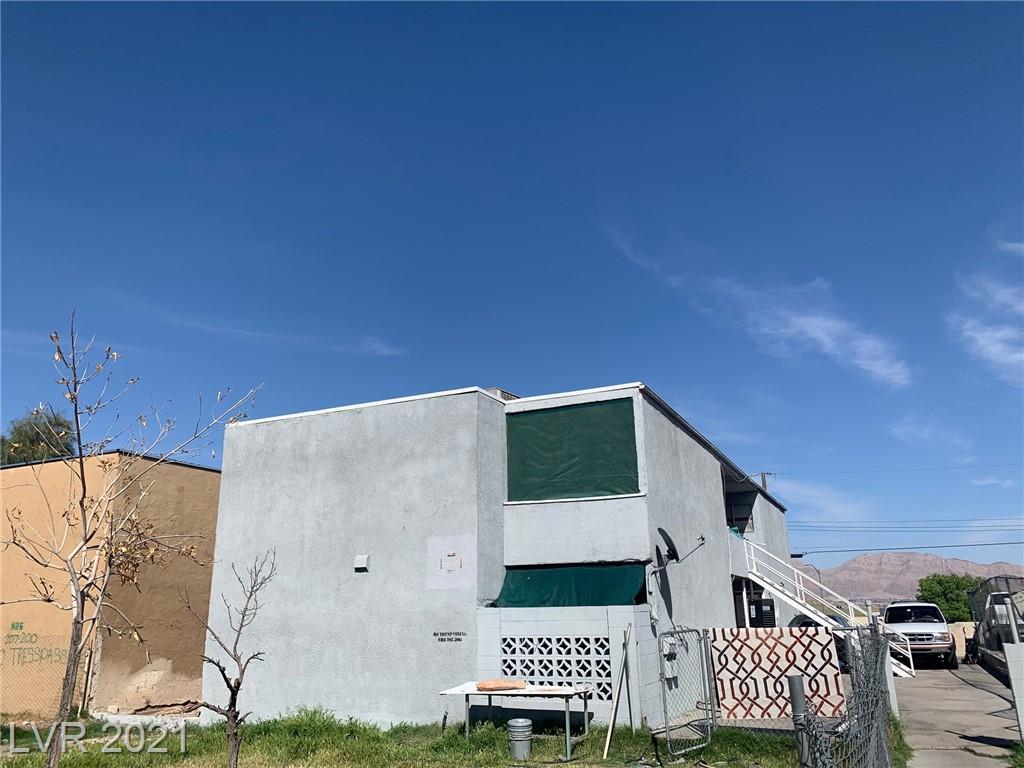 736 N 11th Street Property Photo 1