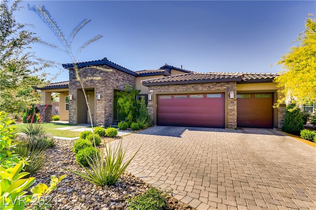 7119 Arabian Ridge Street Property Photo