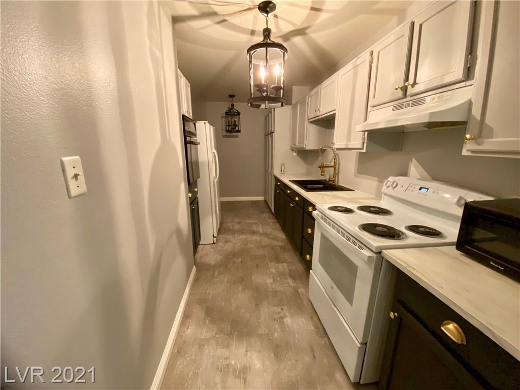 730 S Royal Crest Circle #441 Property Photo 1