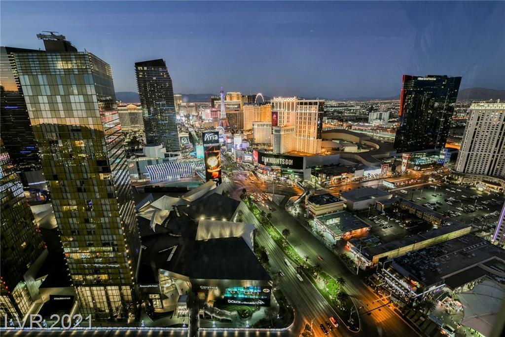 3750 S Las Vegas Boulevard #3305 Property Photo