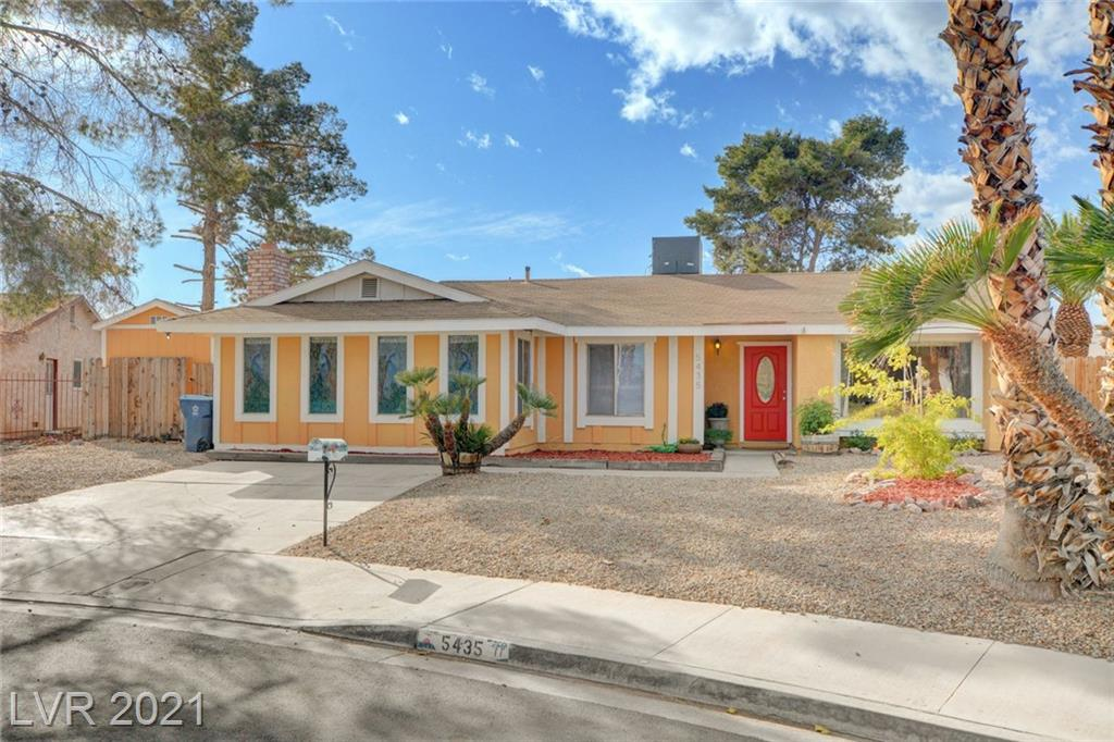 5435 Chestnut Street Property Photo