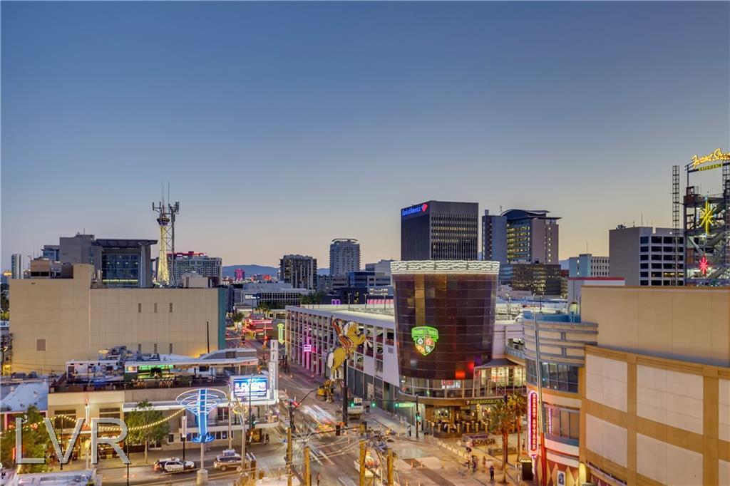 150 Las Vegas Boulevard #806 Property Photo 1