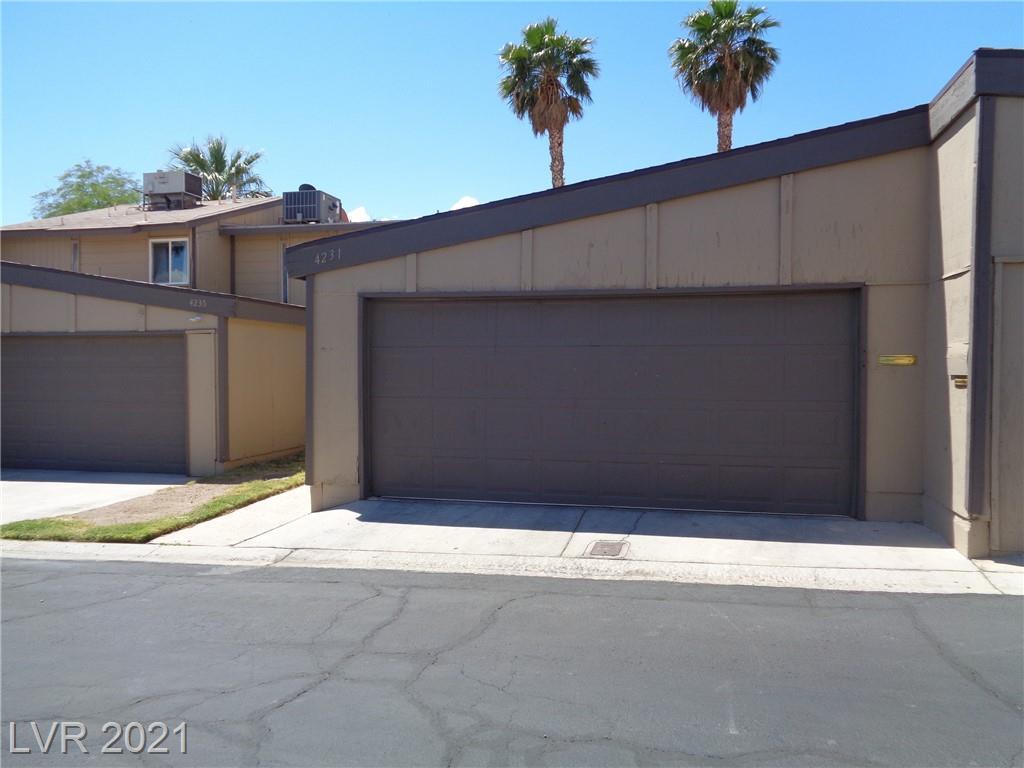 4231 White Sands Avenue Property Photo