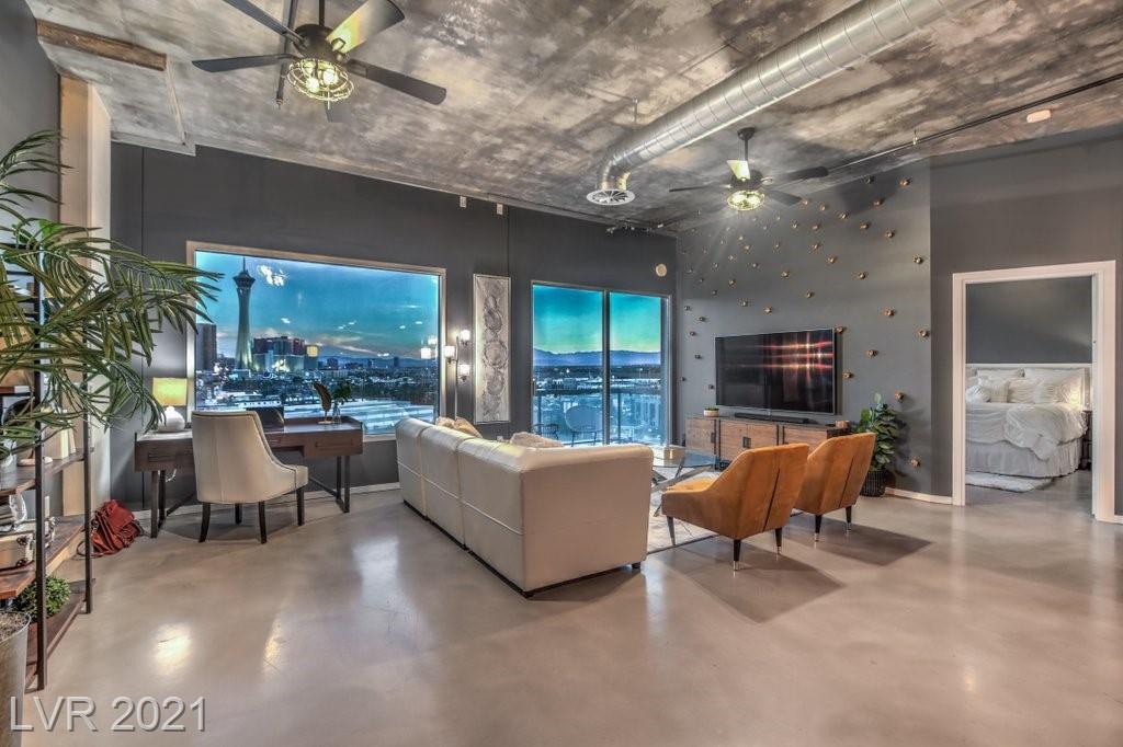 900 Las Vegas Boulevard #711 Property Photo 1