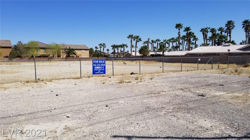 5445 N Rainbow Boulevard Property Photo