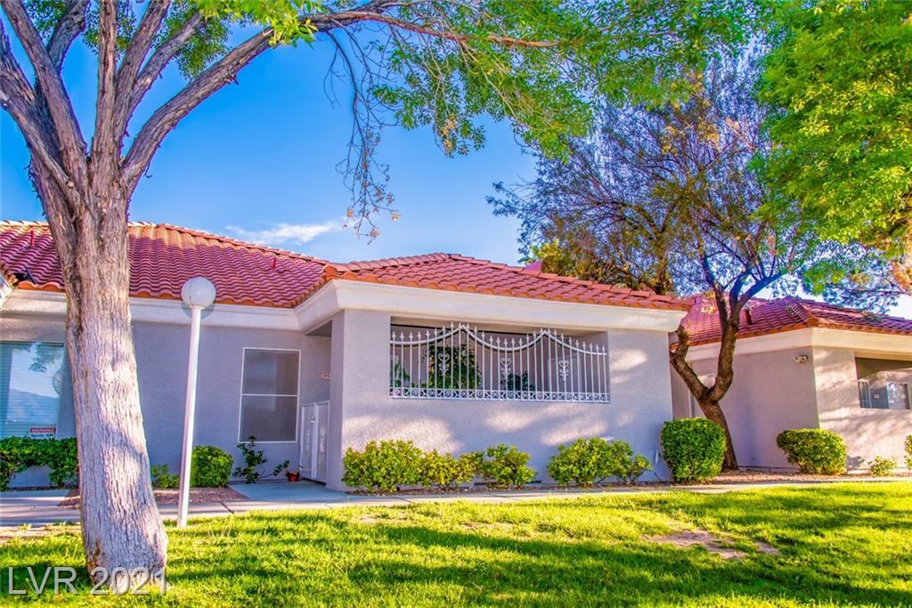 5904 Vegas Drive Property Photo