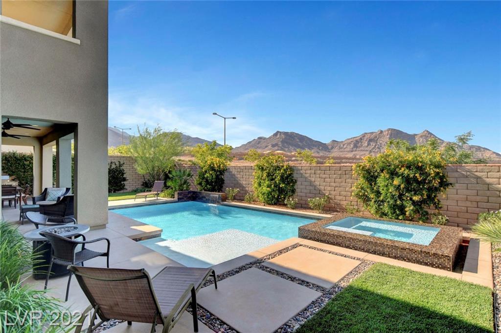 12046 Attiva Avenue Property Photo