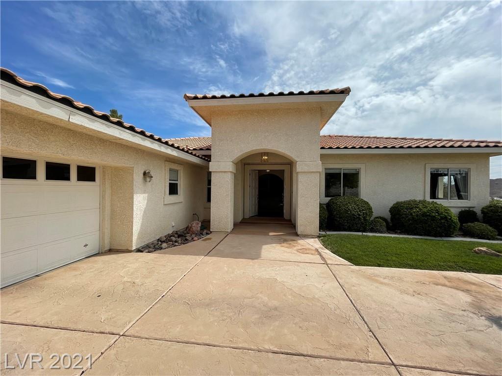 626 Granada Drive Property Photo 1